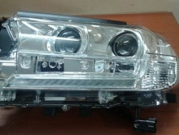 CM-FJ200FRHLLHXN TOYOTA LAND CRUISER 200 2016- Left Head Lamp